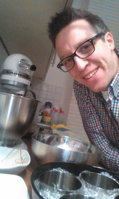 Vorbereitungen für die Kaffecreme hell – dunkel nach einem Rezept von Susanne Vössing :-) nachzulesen in Susannes Kochschule 870097 (gibt's zufällig gerade zum Outletpreis)