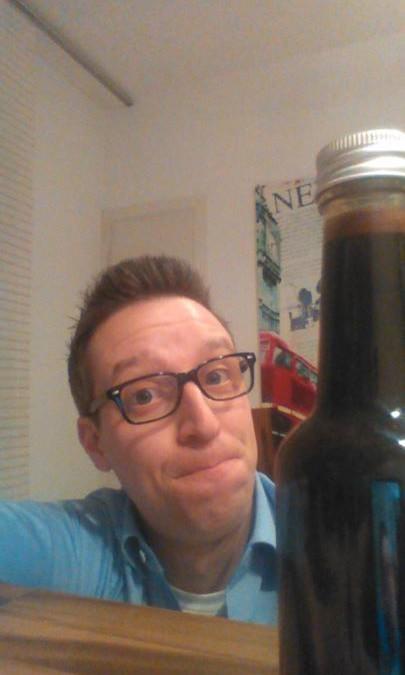 Mhhh, wer errät was in der Flasche ist? Kleiner Tipp…. Es hat etwas mit den KitchenAid Sendungen bei QVC Deutschland zutun. Falls ihr es erraten solltet, poste ich das Rezept :-)